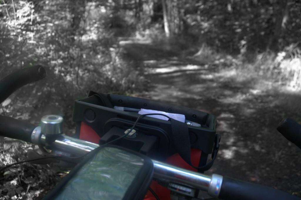 Metsäsuomalainen pyöräilee Ruotsissa